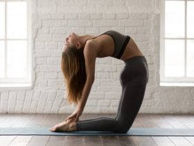 Yoga poses to work your abs