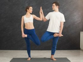 Yoga for couples: a way to strengthen your relationship